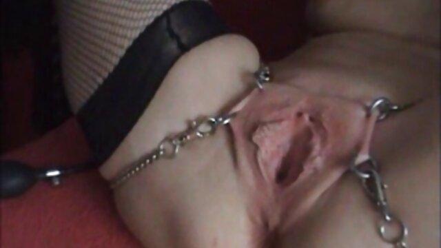 Felnőtt nincs regisztráció  Kezdje a szoros pinak porno fürdőszobában anyával