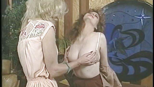 Felnőtt nincs regisztráció  Gin pornó szőrös pina porno