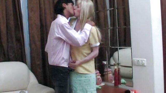 Felnőtt nincs regisztráció  Kibaszott szeretője 708 amatőr szőrös puncik