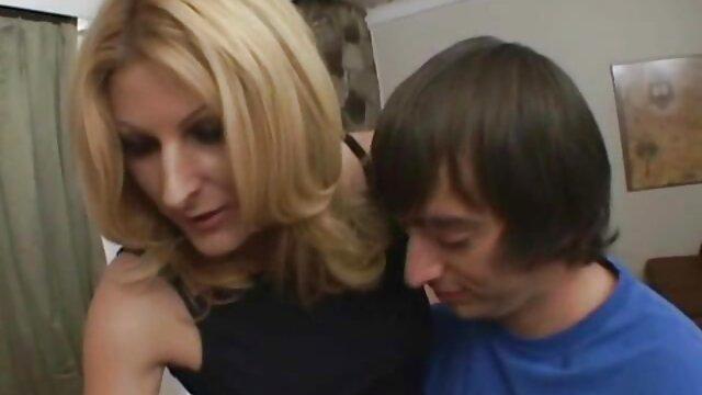 Felnőtt nincs regisztráció  Szex közben szőrös pina video
