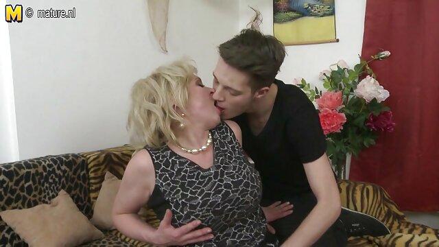 Felnőtt nincs regisztráció  Fiú Otthon ne szoros pina sex kapcsolja ki a kamerát