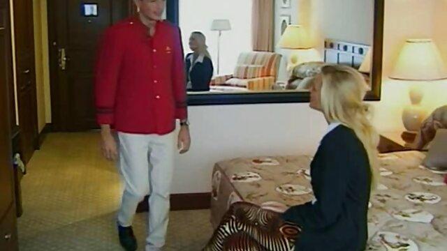 Felnőtt nincs regisztráció  Ő eldurvult az összes slot extrém szőrös pinák a főnök a piros kanapén