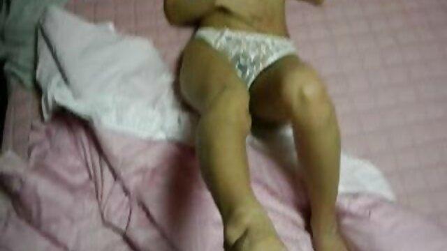 Felnőtt nincs regisztráció  Szex nélkül megengedett szőrös pinák maszturbáció